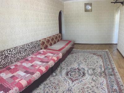 3-комнатная квартира, 58 м², 4/4 этаж, мкр №1, Мкр №1 за 16.5 млн 〒 в Алматы, Ауэзовский р-н — фото 2