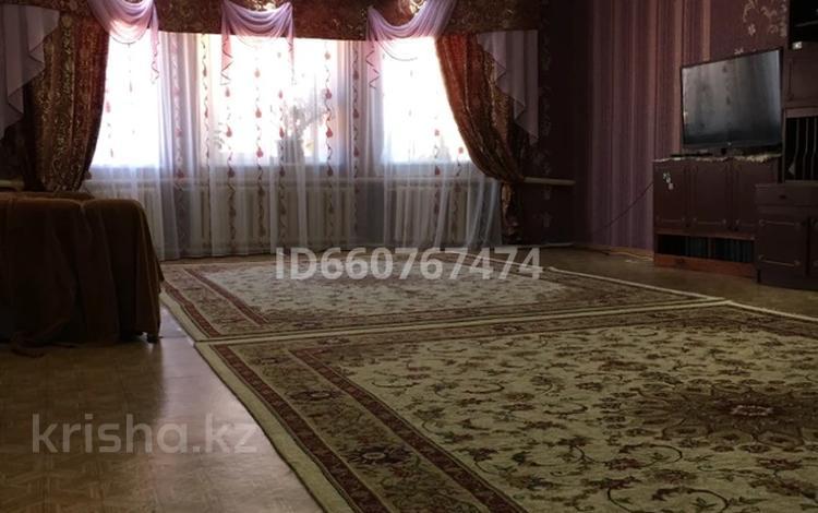 5-комнатный дом, 350 м², 12 сот., Восточная — Казахстанская за 31 млн 〒 в Мичурино