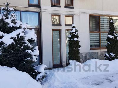 3-комнатная квартира, 215 м², 1/4 этаж, Мусабаева за 75 млн 〒 в Алматы, Бостандыкский р-н — фото 20