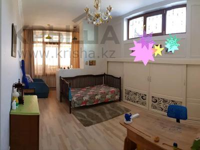 3-комнатная квартира, 215 м², 1/4 этаж, Мусабаева за 75 млн 〒 в Алматы, Бостандыкский р-н — фото 6