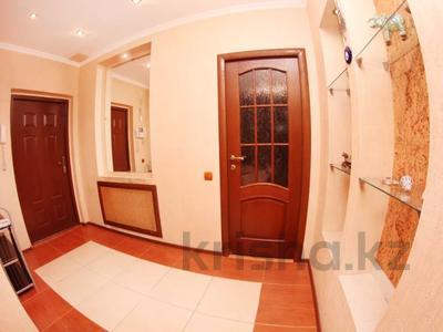 3-комнатная квартира, 120 м², 13/25 этаж помесячно, Каблукова — Розыбакиева за 250 000 〒 в Алматы — фото 9