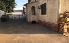 3-комнатный дом помесячно, 150 м², мкр Альмерек, Алмажай 1 за 120 000 〒 в Алматы, Турксибский р-н