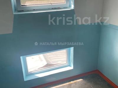 2-комнатная квартира, 45 м², 2/4 этаж, мкр №3 59 за 17.6 млн 〒 в Алматы, Ауэзовский р-н — фото 4