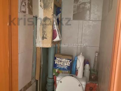 2-комнатная квартира, 45 м², 2/4 этаж, мкр №3 59 за 17.6 млн 〒 в Алматы, Ауэзовский р-н — фото 6