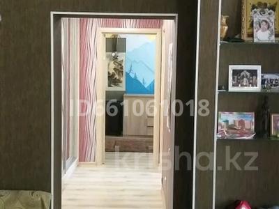 3-комнатная квартира, 75 м², 2/5 этаж, Тодстого 104 — Камзина за 11.5 млн 〒 в Павлодаре