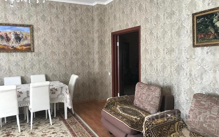 3-комнатная квартира, 160 м², 3/9 этаж помесячно, Иманова 10/1 за 300 000 〒 в Нур-Султане (Астана), р-н Байконур