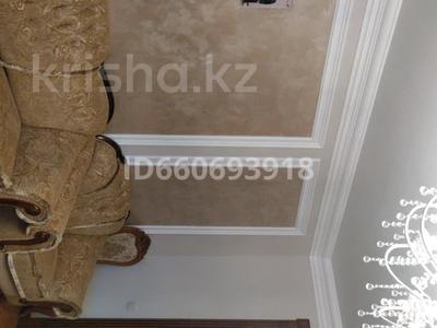 4-комнатная квартира, 185 м², 2/10 этаж помесячно, Бокейхана 2 за 380 000 〒 в Нур-Султане (Астана), Есиль р-н — фото 10