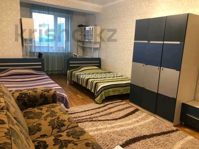4-комнатная квартира, 185 м², 2/10 этаж помесячно, Бокейхана 2 за 380 000 〒 в Нур-Султане (Астана), Есиль р-н — фото 2
