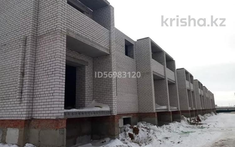 2-комнатная квартира, 78 м², 2/5 этаж, Батыс 2 за 10 млн 〒 в Актобе, мкр. Батыс-2