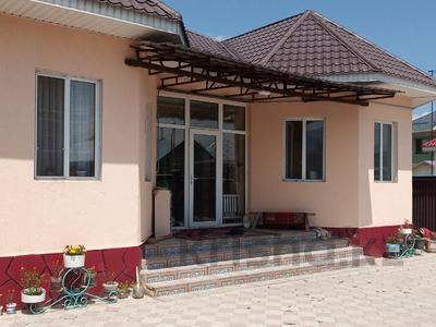5-комнатный дом, 175 м², 8.1 сот., Макатаева за 21 млн 〒 в в селе Шамалган