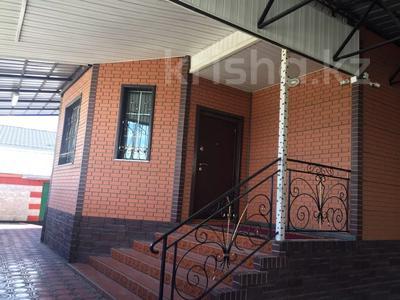 5-комнатный дом, 180 м², Кудерина 24 — Курманова за 27 млн 〒 в Талдыкоргане — фото 2