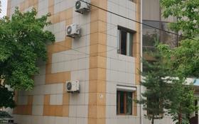 Здание, площадью 563.7 м², проспект Республики — Бейбишилик за 260 млн 〒 в Шымкенте, Аль-Фарабийский р-н