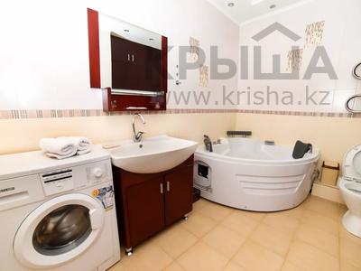 2-комнатная квартира, 70 м², 16/25 этаж посуточно, Каблукова 270 за 12 000 〒 в Алматы, Бостандыкский р-н — фото 5