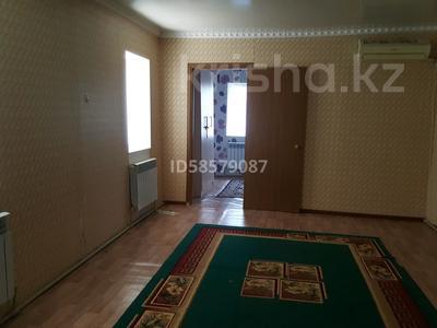 2-комнатный дом помесячно, 60 м², 3 сот., Алии Молдагуловой 174 — Гагарина за 55 000 〒 в Атырау — фото 7