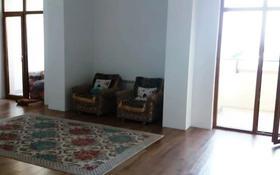 2-комнатная квартира, 122 м², 2/7 этаж, мкр Мирас, Мкр «Мирас» 25/1 за 68 млн 〒 в Алматы, Бостандыкский р-н