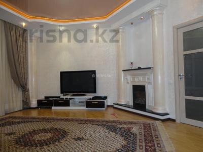 3-комнатная квартира, 120 м², 16/25 этаж на длительный срок, 15-й мкр за 350 000 〒 в Актау, 15-й мкр