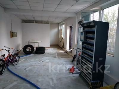 Магазин площадью 48.5 м², мкр Таугуль-3 100г — Жандосова за 10 млн 〒 в Алматы, Ауэзовский р-н — фото 11