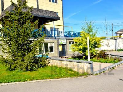Магазин площадью 48.5 м², мкр Таугуль-3 100г — Жандосова за 10 млн 〒 в Алматы, Ауэзовский р-н — фото 3
