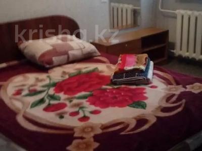 1-комнатная квартира, 44 м², 1/9 этаж посуточно, мкр Жетысу-4, Абая 24 — Момышулы за 5 000 〒 в Алматы, Ауэзовский р-н