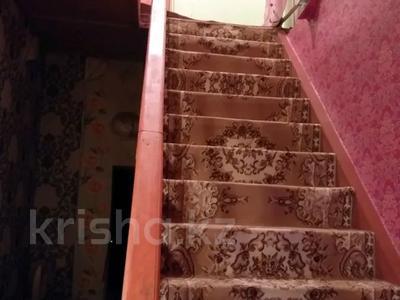 8-комнатный дом, 200 м², 12 сот., Акбота 5 5 дом — Жалпак тобе за 25 млн 〒 в Таразе — фото 7