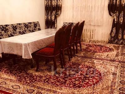 7-комнатный дом, 215 м², 9 сот., мкр Акбулак, Нурпеисова 16а за 42 млн 〒 в Алматы, Алатауский р-н
