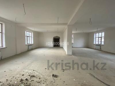 Офис площадью 600 м², Карахан 4 за 135 млн 〒 в Таразе