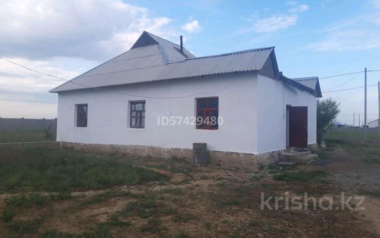 5-комнатный дом, 200 м², 10 сот., Коммунизм 185 за 10 млн 〒 в Туркестане