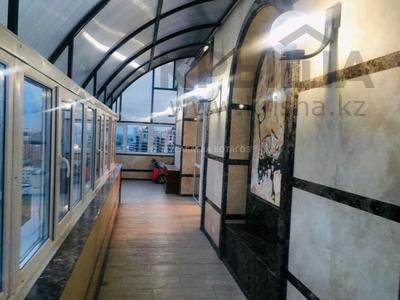 5-комнатная квартира, 300 м², 15/16 этаж на длительный срок, М. Габдуллина 11 за 800 000 〒 в Нур-Султане (Астане), р-н Байконур