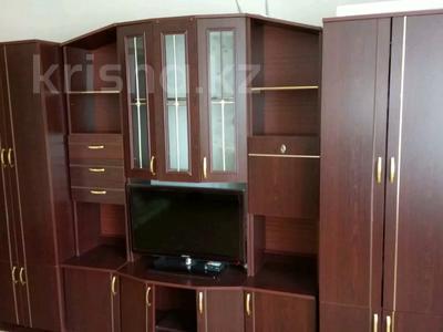 3-комнатная квартира, 70 м², 5/9 этаж помесячно, Гапеева 1 за 90 000 〒 в Караганде, Казыбек би р-н — фото 6