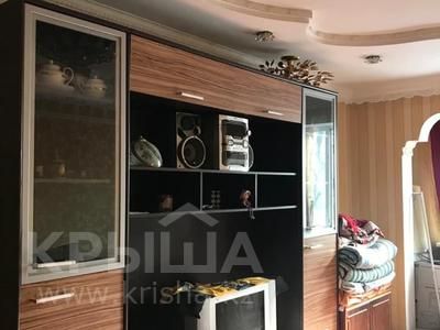 2-комнатная квартира, 44 м², 4/4 этаж, мкр №2 за ~ 19.5 млн 〒 в Алматы, Ауэзовский р-н