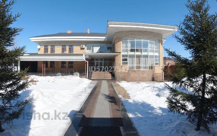 Здание, площадью 1034.2 м², Переулок 37 8 за 400 млн 〒 в Нур-Султане (Астана), Алматы р-н