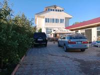 5-комнатный дом, 220 м², 6.5 сот., мкр Акжар Анши кум 120а — Молдагалиев за 51 млн 〒 в Алматы, Наурызбайский р-н
