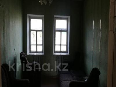 4-комнатный дом, 62.6 м², 0.1205 сот., Зеленая 77 за ~ 2.8 млн 〒 в Щучинске — фото 6