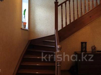 6-комнатный дом, 280 м², 6 сот., Газиза жубанова 13 за 58 млн 〒 в Актобе, Новый город — фото 3