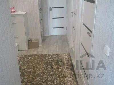 3-комнатная квартира, 63 м², 5/5 этаж, 8 мкр 20 за 11.3 млн 〒 в Таразе — фото 2
