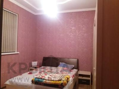 4-комнатный дом, 164 м², 8 сот., Самал 3 за 18.5 млн 〒 в Шымкенте, Абайский р-н