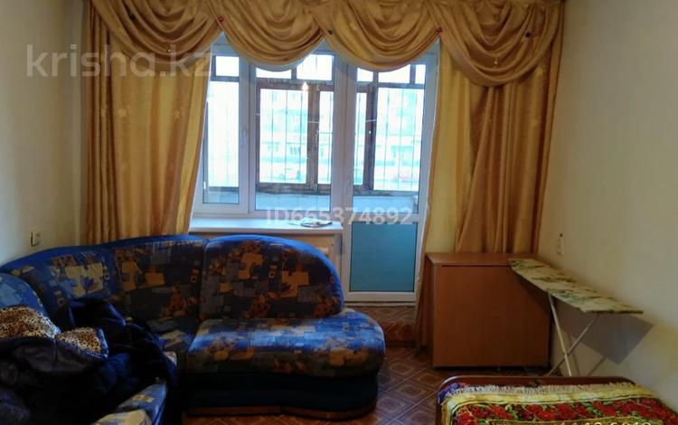 3-комнатная квартира, 68 м², 2/5 этаж помесячно, улица Рыскулбекова 25 — улица Кудайбердыулы за 165 000 〒 в Нур-Султане (Астане), Алматы р-н