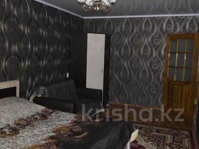 1-комнатная квартира, 35 м², 2/5 этаж посуточно, Мухита 134 за 6 000 〒 в Западно-Казахстанской обл. — фото 3