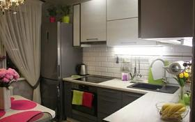 2-комнатная квартира, 50 м², 20/30 этаж посуточно, Желтоксан 10 за 15 000 〒 в Нур-Султане (Астана), Алматы р-н