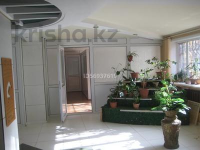 Офис площадью 182 м², 7 микрорайон 12 за ~ 13 млн 〒 в Темиртау — фото 4