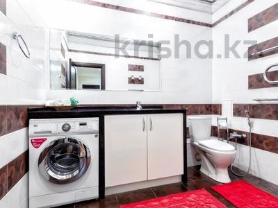 3-комнатная квартира, 135 м², 14/41 этаж посуточно, Достык 5 — Кабанбай Батыра за 20 000 〒 в Нур-Султане (Астана), Есиль р-н — фото 15