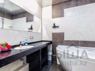 3-комнатная квартира, 135 м², 14/41 этаж посуточно, Достык 5 — Кабанбай Батыра за 20 000 〒 в Нур-Султане (Астана), Есиль р-н — фото 16