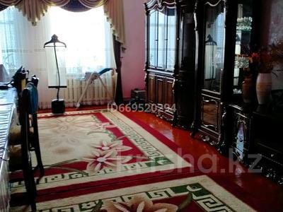 6-комнатный дом, 150 м², 6 сот., Байдильдаев 10 за 15 млн 〒 в