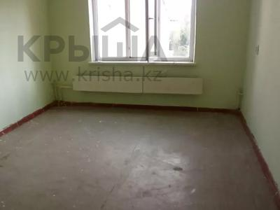 1-комнатная квартира, 35 м², 5/5 этаж, 10 мкр. за 4.9 млн 〒 в Таразе