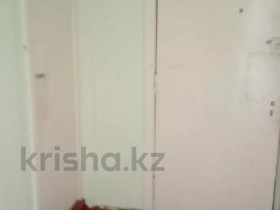 1-комнатная квартира, 35 м², 5/5 этаж, 10 мкр. за 4.9 млн 〒 в Таразе — фото 5