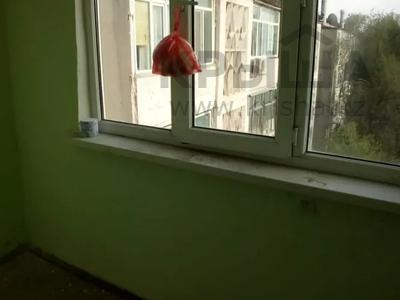 1-комнатная квартира, 35 м², 5/5 этаж, 10 мкр. за 4.9 млн 〒 в Таразе — фото 7