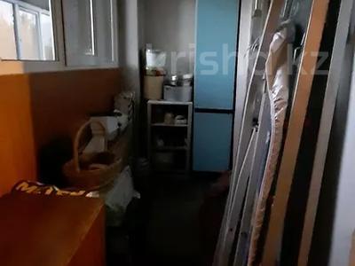4-комнатная квартира, 77 м², 4/12 этаж, мкр Аксай-2 — Саина за 26.5 млн 〒 в Алматы, Ауэзовский р-н — фото 7