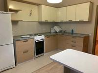 2-комнатная квартира, 80 м² помесячно, Сатпаева 20а за 120 000 〒 в Нур-Султане (Астане), Алматы р-н