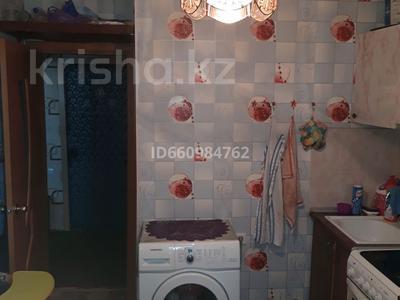 1-комнатная квартира, 34 м², 4/5 этаж, улица Динмухамеда Кунаева 136 за 2.8 млн 〒 в Экибастузе — фото 2