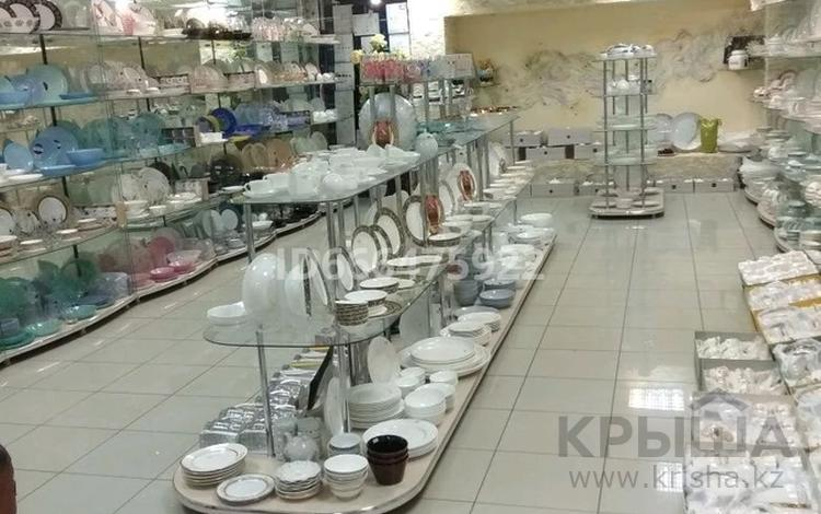 Магазин площадью 132 м², улица Тауелсиздик 35 — Абая за 38.8 млн 〒 в Костанае